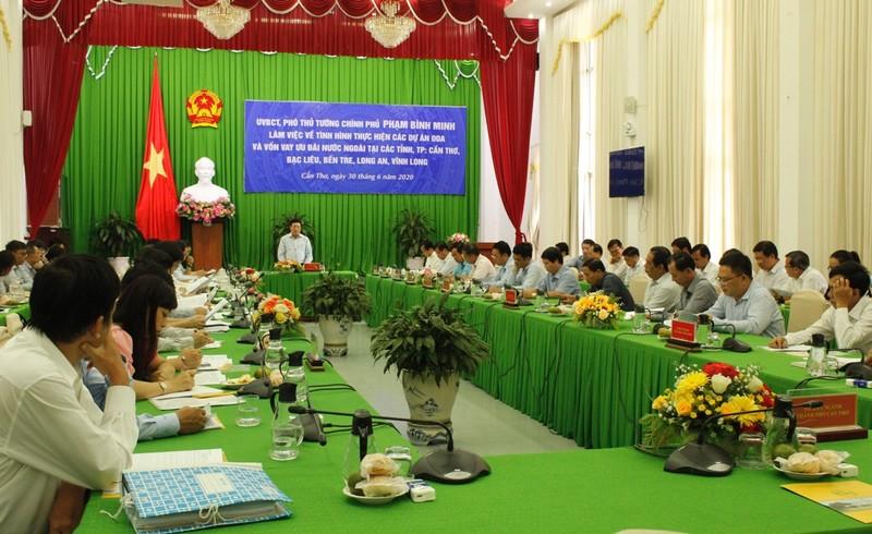 Phó Thủ tướng: Không dùng vốn vay ODA để giải phóng mặt bằng - ảnh 1