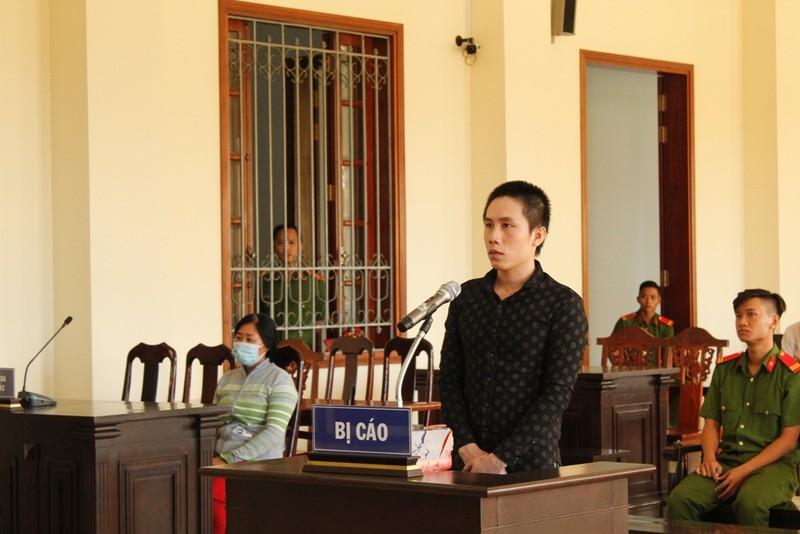 Chồng chém vợ thương tích 54%: 15 năm tù - ảnh 1