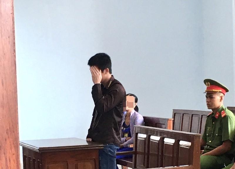 Thiếu niên bị phạt 8 năm tù vì yêu bé gái 12 tuổi - ảnh 1