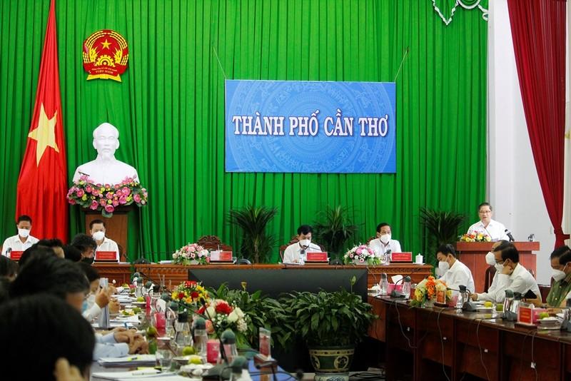 Chủ tịch Cần Thơ chỉ đạo sớm chi tiền hỗ trợ người dân khó khăn - ảnh 2
