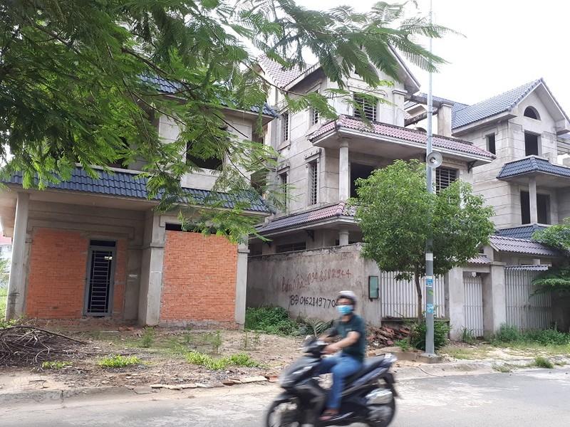 Đề xuất phương án 'giải cứu' bất động sản trùm nền - ảnh 1
