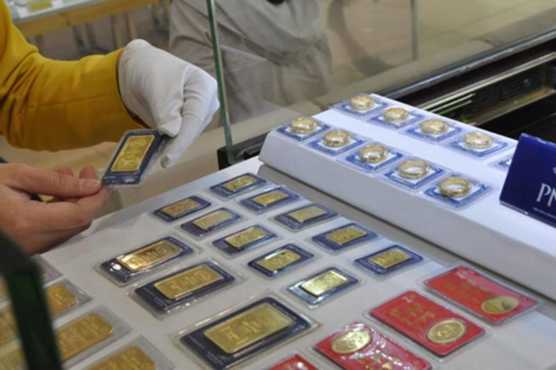 Giá vàng bật tăng dữ dội lên gần 41 triệu đồng/lượng - ảnh 1