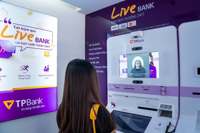 Chuyển đổi số - cuộc chiến khốc liệt của ngành ngân hàng - ảnh 1