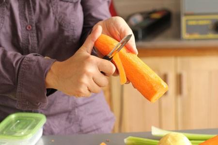 Những sai lầm trong chế biến rau củ gây hại sức khỏe - ảnh 1