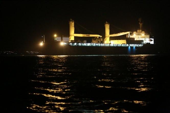 Tàu ngầm Kilo Hải Phòng vào đến vịnh Cam Ranh - ảnh 1