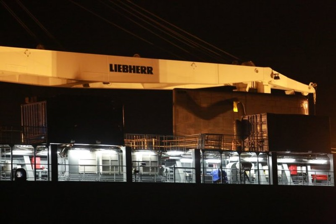 Tàu ngầm Kilo Hải Phòng vào đến vịnh Cam Ranh - ảnh 2