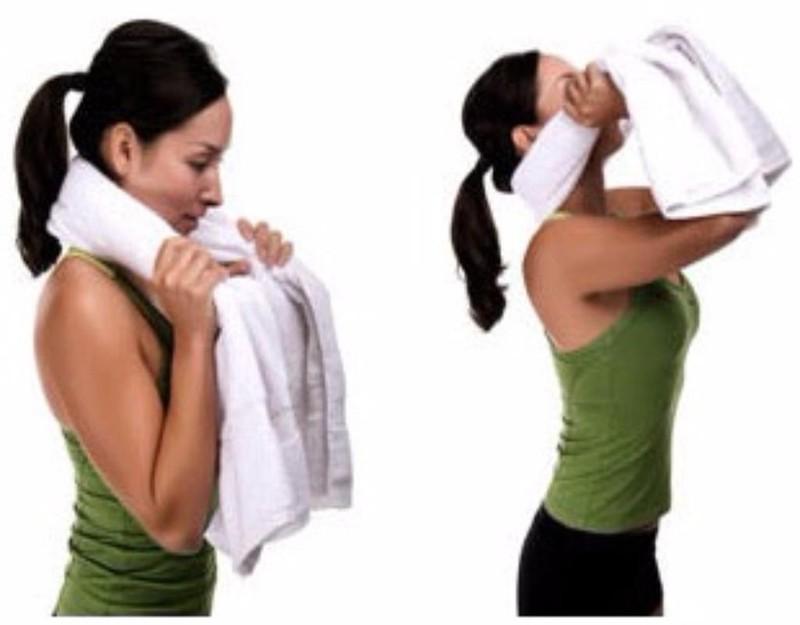 bài tập với khăn tắm
