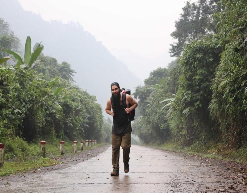 """Jordan Vogt-Roberts đến Quảng Bình và thốt lên: """"Như là mơ vậy""""."""