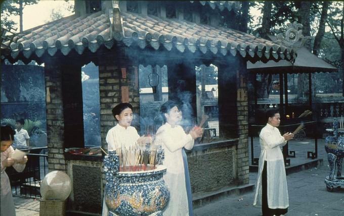 Trang phục phụ nữ Sài Gòn những năm 1950 - ảnh 5