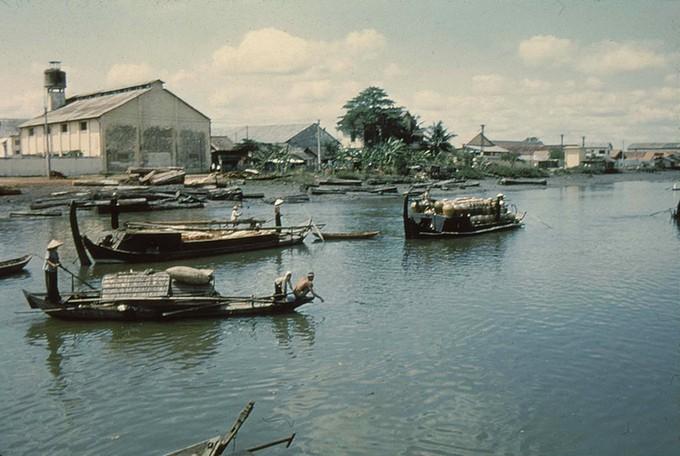 Trang phục phụ nữ Sài Gòn những năm 1950 - ảnh 6