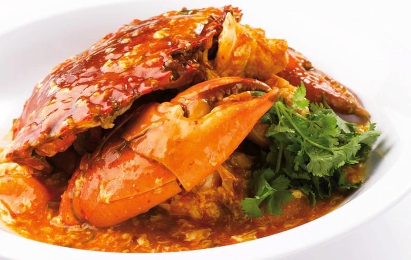 Không thể đến Singapore mà không thưởng thức món cua ớt trứ danh này,