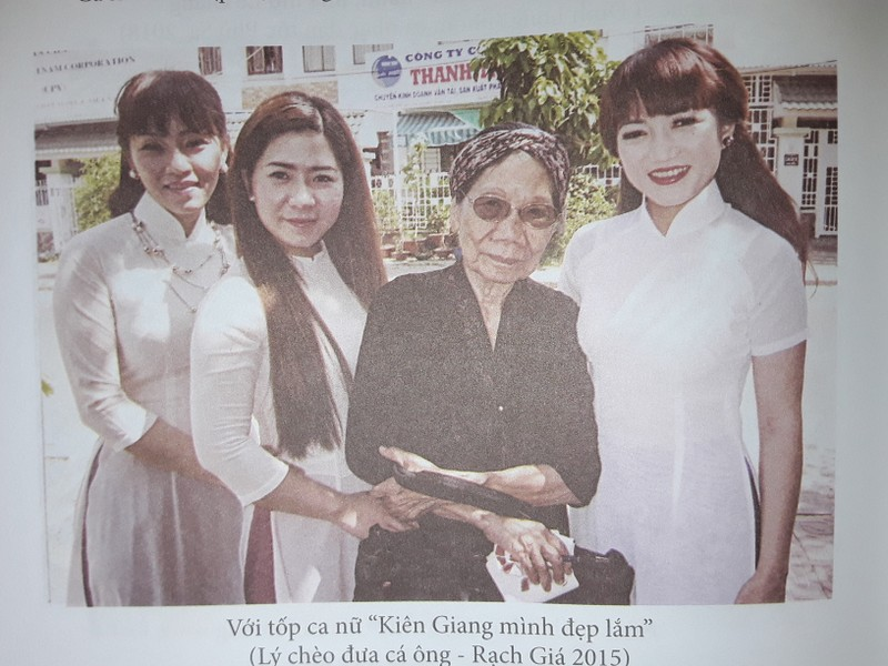 Nhà thơ Lê Giang ra sách ở tuổi 90 - ảnh 1
