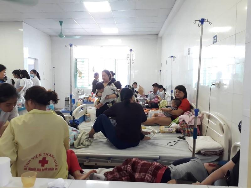 Không khí ô nhiễm, bệnh hô hấp bủa vây dân Hà Nội - ảnh 2