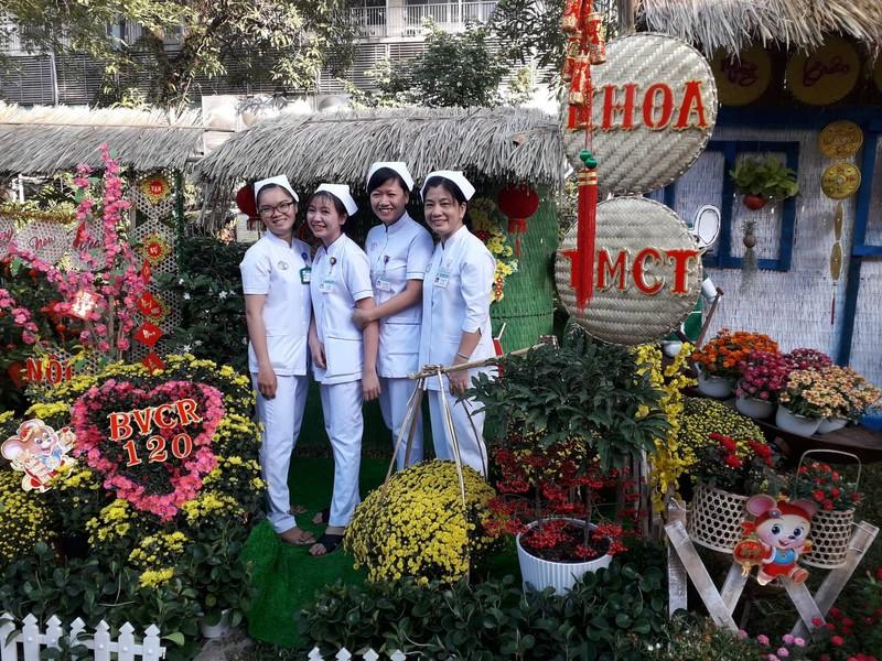 Ngắm đường hoa bệnh viện tết 2020 ở Bệnh viện Chợ Rẫy - ảnh 4