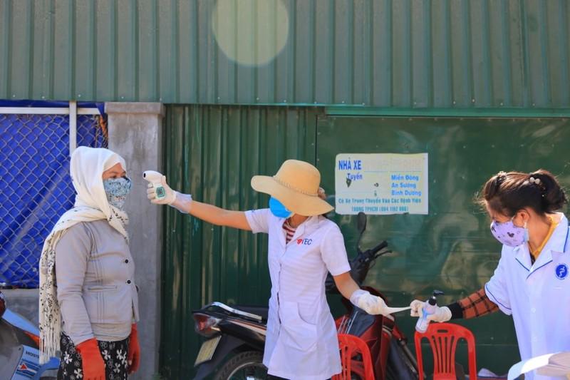Dịch COVID-19: Ninh Thuận đưa thêm 6 trường hợp F1 đi cách ly - ảnh 2