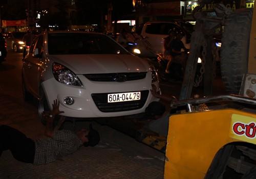 Ô tô mất lái gây tai nạn liên hoàn trong nội đô Biên Hoà - ảnh 1