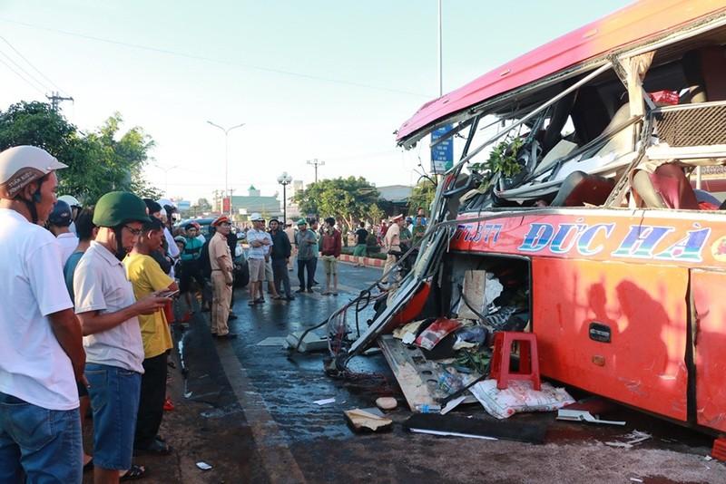 Gia Lai thông tin vụ tai nạn thảm khốc - ảnh 1