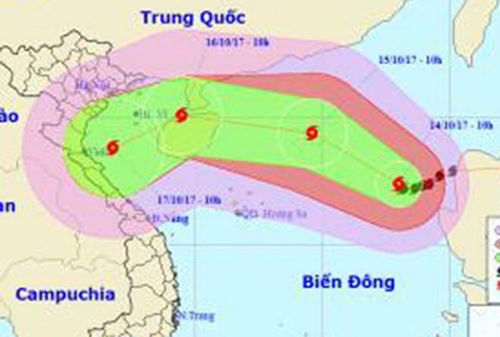 Bão số 11 đang mạnh lên ở biển Đông - ảnh 1