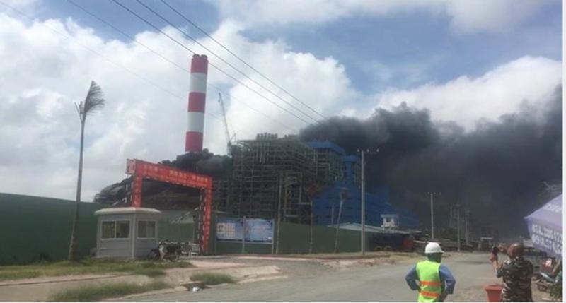 Cháy dữ dội nhà máy nhiệt điện Duyên Hải ở Trà Vinh - ảnh 1