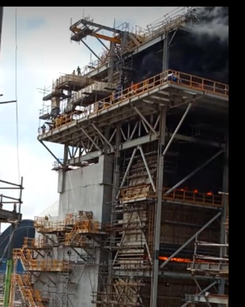 Cháy dữ dội nhà máy nhiệt điện Duyên Hải ở Trà Vinh - ảnh 3