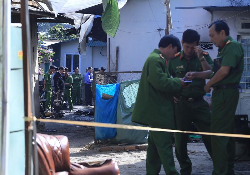 Công an Lâm Đồng: Vụ cháy 5 người chết nghi là án mạng - ảnh 2