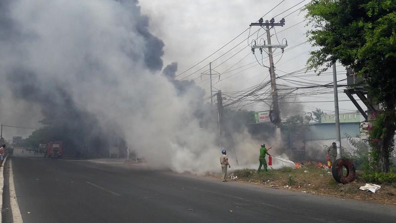 Vũng Tàu: Cháy ở khu vực đường Võ Nguyên Giáp - ảnh 2