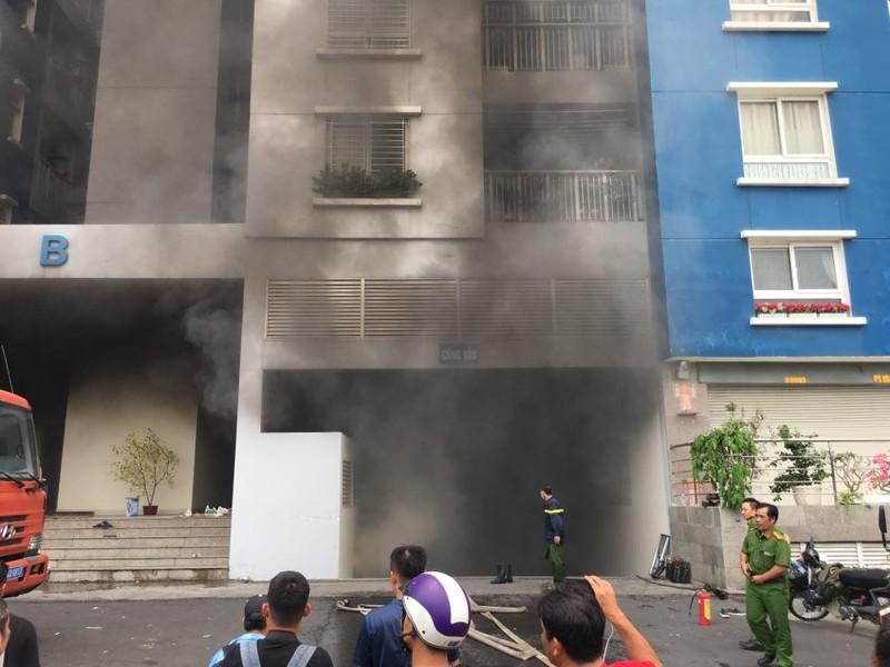Cháy lại tại chung cư Carina - ảnh 1