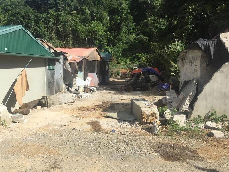 3 người chết khi đang ôm súng trong nhà trùm ma túy Sơn La - ảnh 4