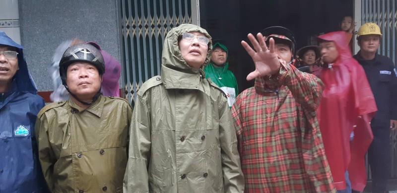 Bão vào Vũng Tàu, mưa to hoành hành khắp miền Nam - ảnh 9