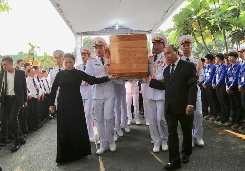 Lễ an táng Đại tướng Lê Đức Anh tại Nghĩa trang TP.HCM - ảnh 7