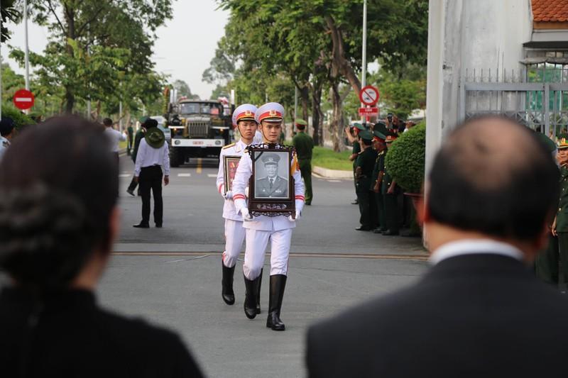 Lễ an táng Đại tướng Lê Đức Anh tại Nghĩa trang TP.HCM - ảnh 6