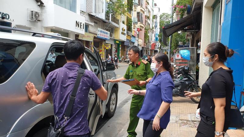 Khởi tố thêm tội với ông Lê Tấn Hùng, bắt hàng loạt người khác - ảnh 1
