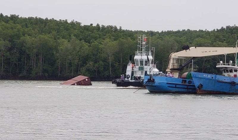 5 thợ lặn bị nạn trên sông Lòng Tàu - ảnh 1