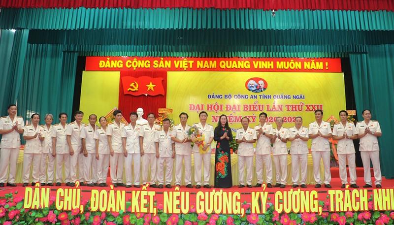 Đại tá Phan Công Bình tái đắc cử Bí thư Công an Quảng Ngãi   - ảnh 1