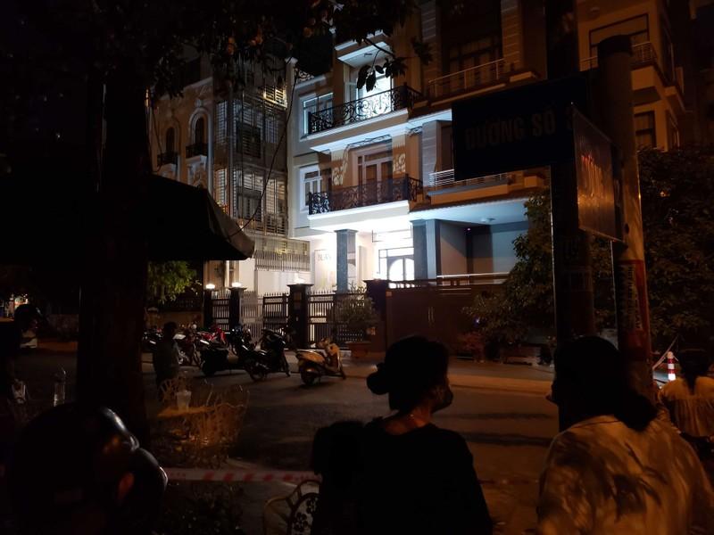 Quận 7: Phong tỏa căn nhà có vụ giết người phân xác - ảnh 3