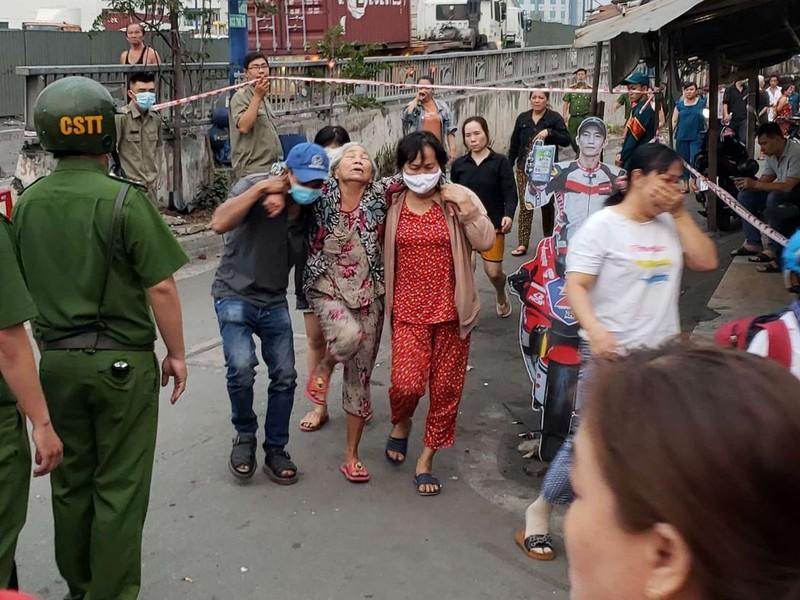 Thương tâm: Cháy nhà, 6 người ở TP Thủ Đức tử vong - ảnh 4