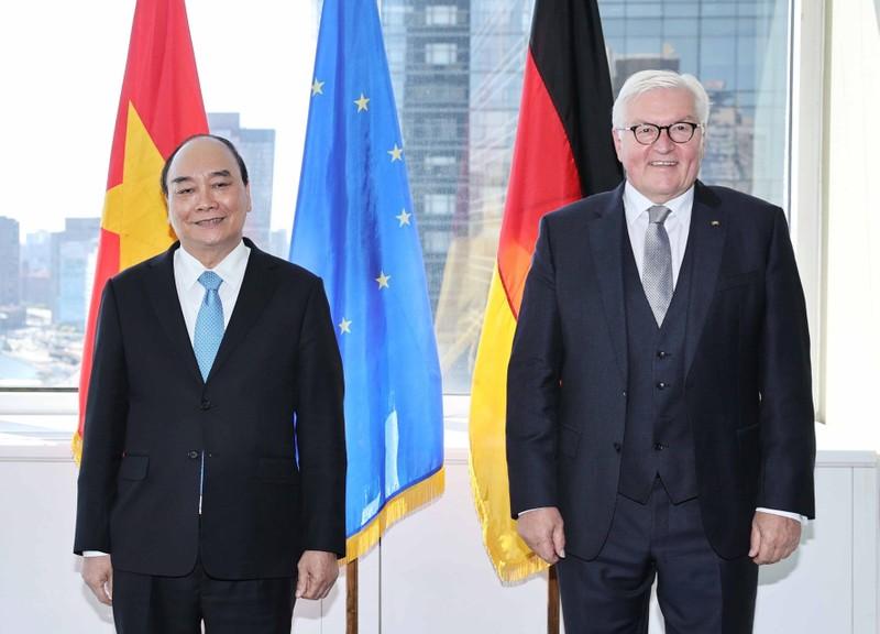 Chủ tịch nước tiếp Tổng thống Đức trước khi về Việt Nam - ảnh 1