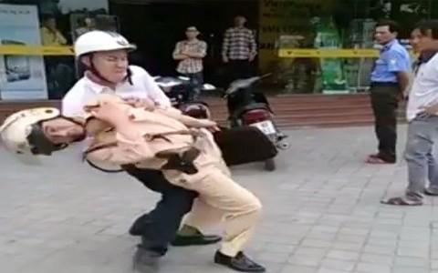 CSGT; Thanh Hóa, bị đánh; thờ ơ