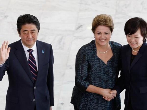 Đoàn xe Thủ tướng Nhật gặp tai nạn ở Brazil - ảnh 1