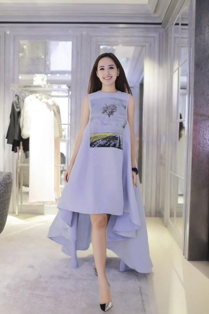 Cựu hoa hậu Việt Nam đang tập trung cho việc kinh doanh cũng như vai trò đại diện các thương hiệu.