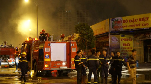 Hà Nội: Cháy dữ dội ở khu đô thị Nam Trung Yên - ảnh 11