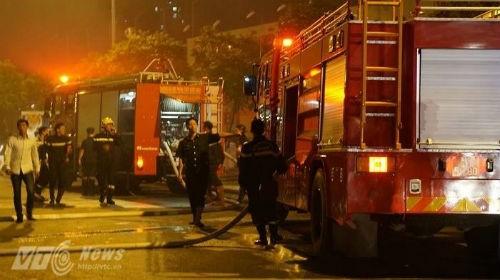 Hà Nội: Cháy dữ dội ở khu đô thị Nam Trung Yên - ảnh 5
