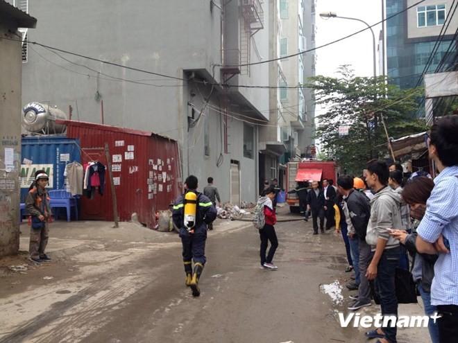 Hà Nội: Cháy lớn tại quán karaoke 7 tầng - ảnh 2
