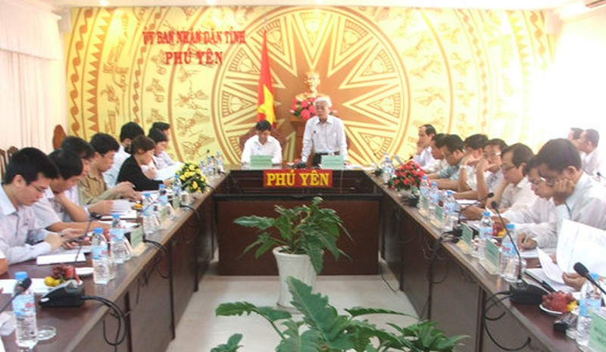 Phó chủ tịch huyện bị cách chức vì vi phạm đất đai - ảnh 1
