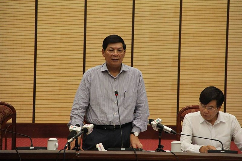 Chặt cây ở Hà Nội: 1 giờ họp báo và 21 câu hỏi chưa được trả lời! - ảnh 2