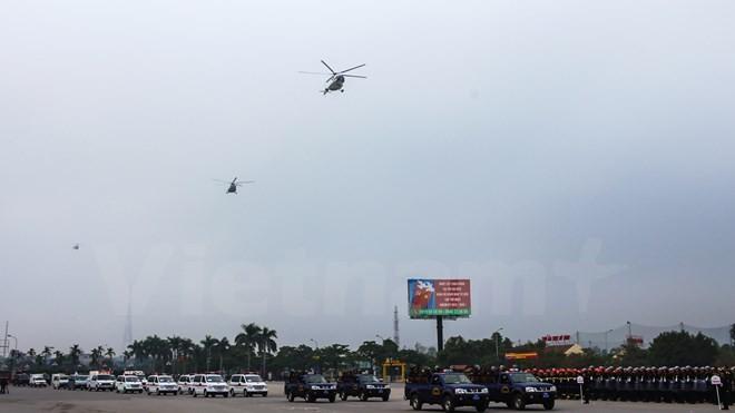 Bộ trưởng Trần Đại Quang phát lệnh xuất quân bảo vệ Đại hội Đảng - ảnh 12