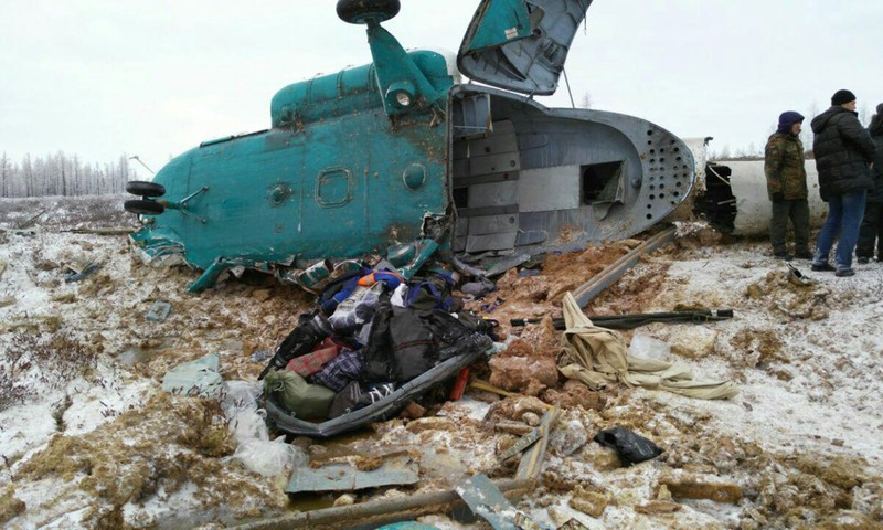 Trực thăng rơi ở Nga, 19 người thiệt mạng - ảnh 1