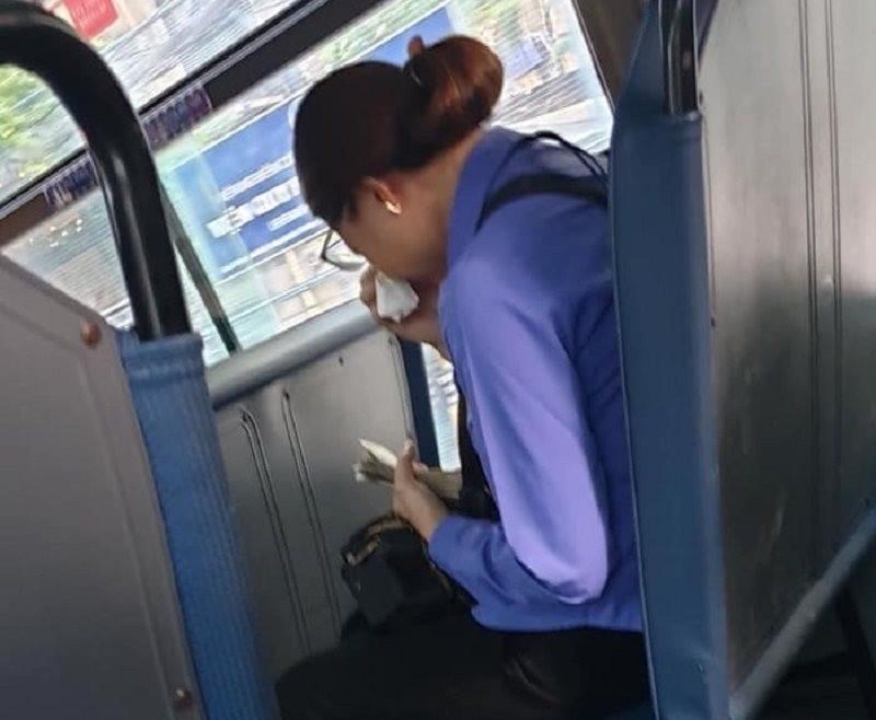 Thực hư vụ nữ nhân viên mất việc vì hành khách trốn vé - ảnh 1
