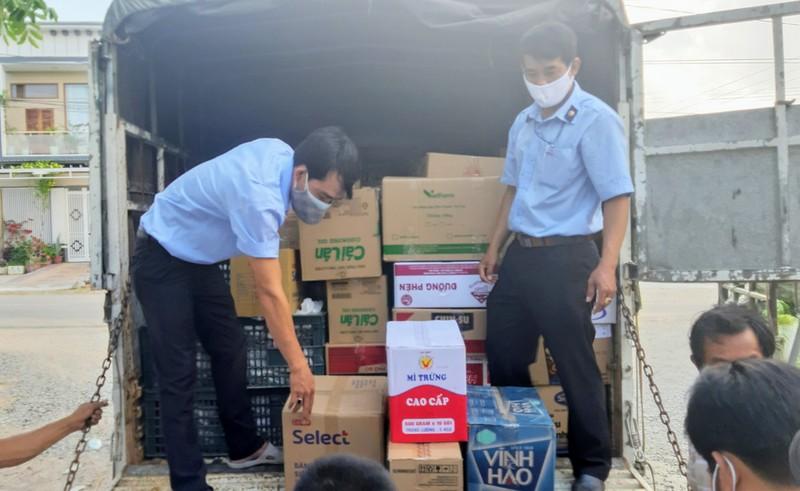 Phân phát 15 tấn rau củ đến người dân thôn Văn Lâm - ảnh 5