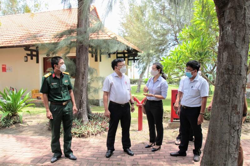 Ninh Thuận: Đón gần 250 người bị mắc kẹt tại TP.HCM về quê - ảnh 4